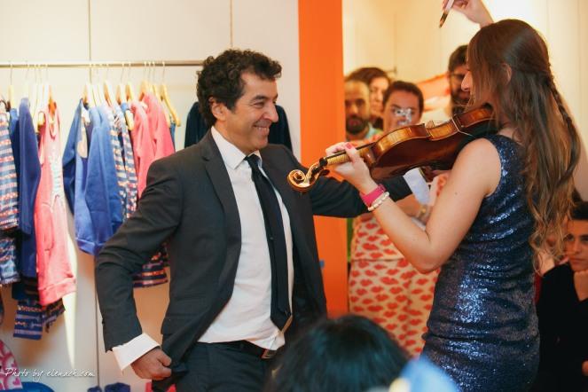 Cristian Almodovar bailando el ZAPATEADO